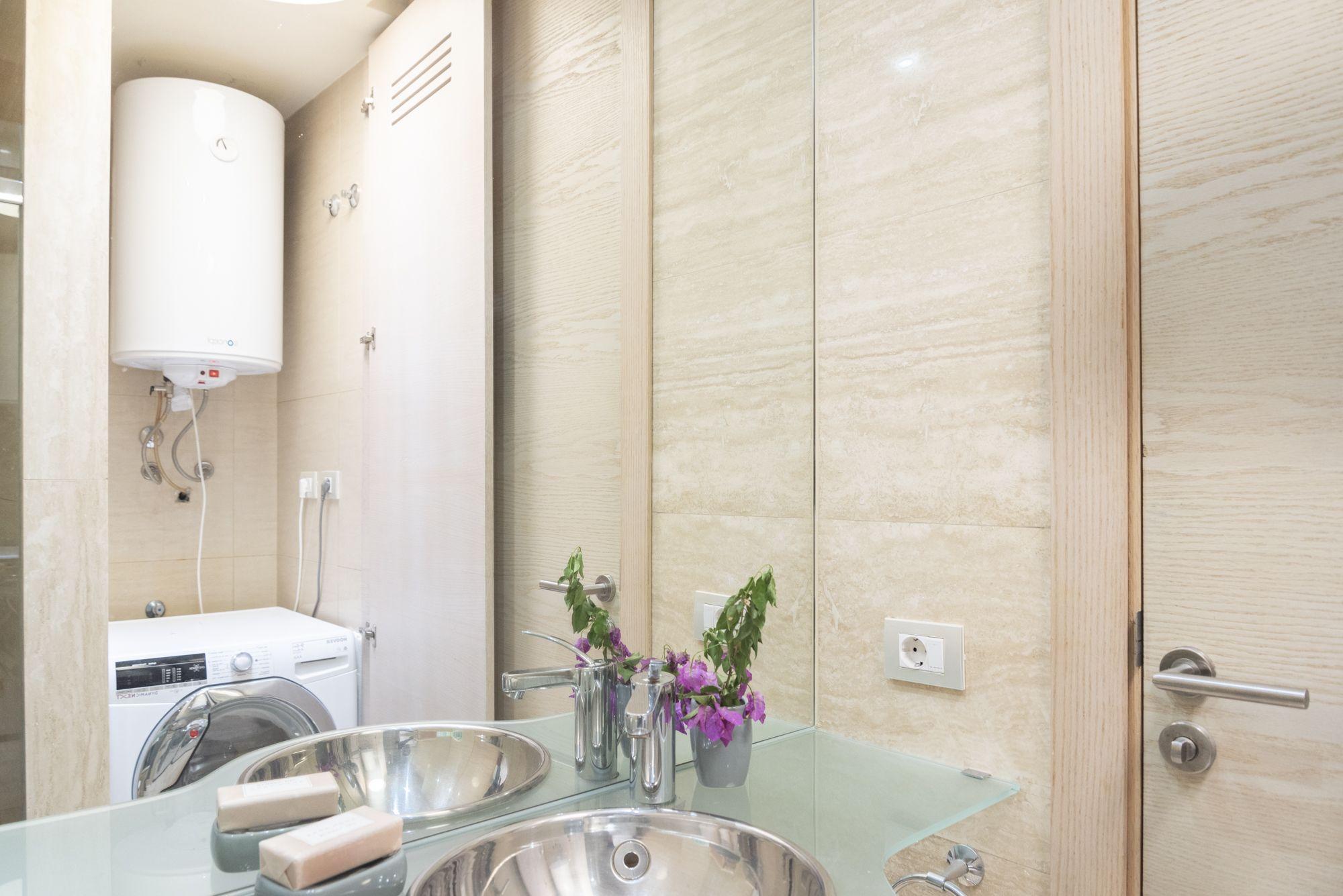 Edificio ARTHE baño auxiliar - solana