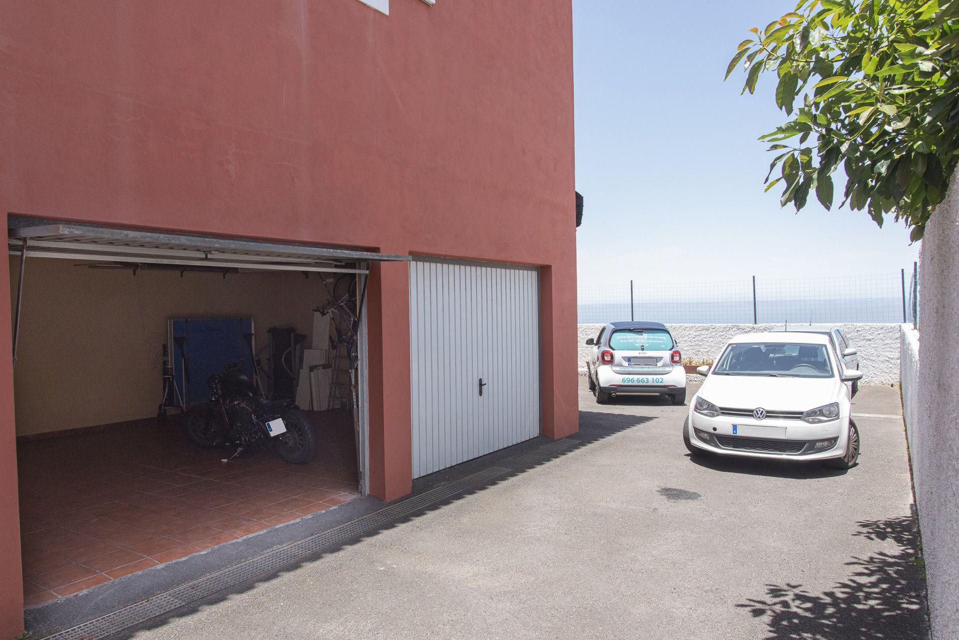 San Nicolás - garaje exterior