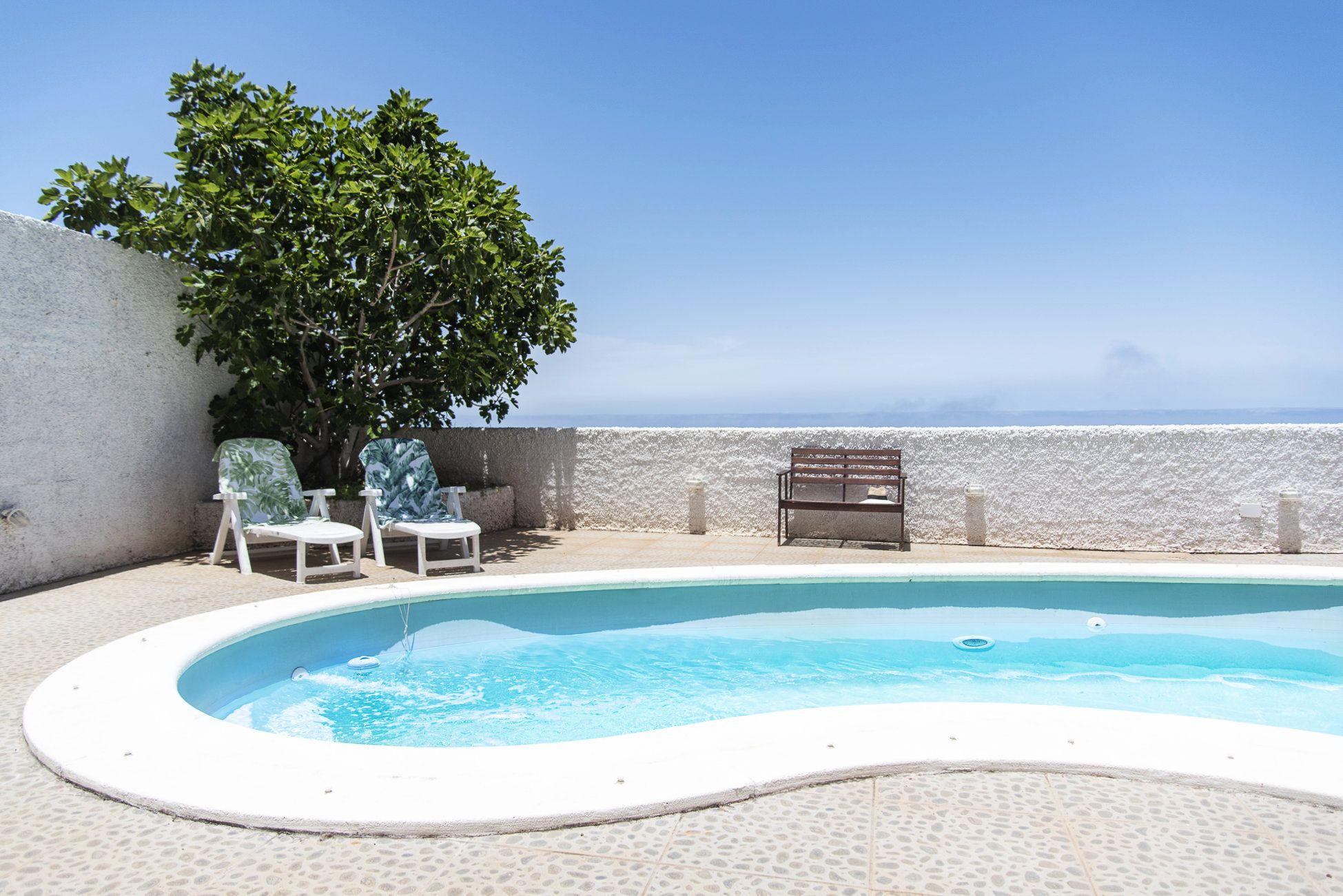 San Nicolás - piscina y vistas