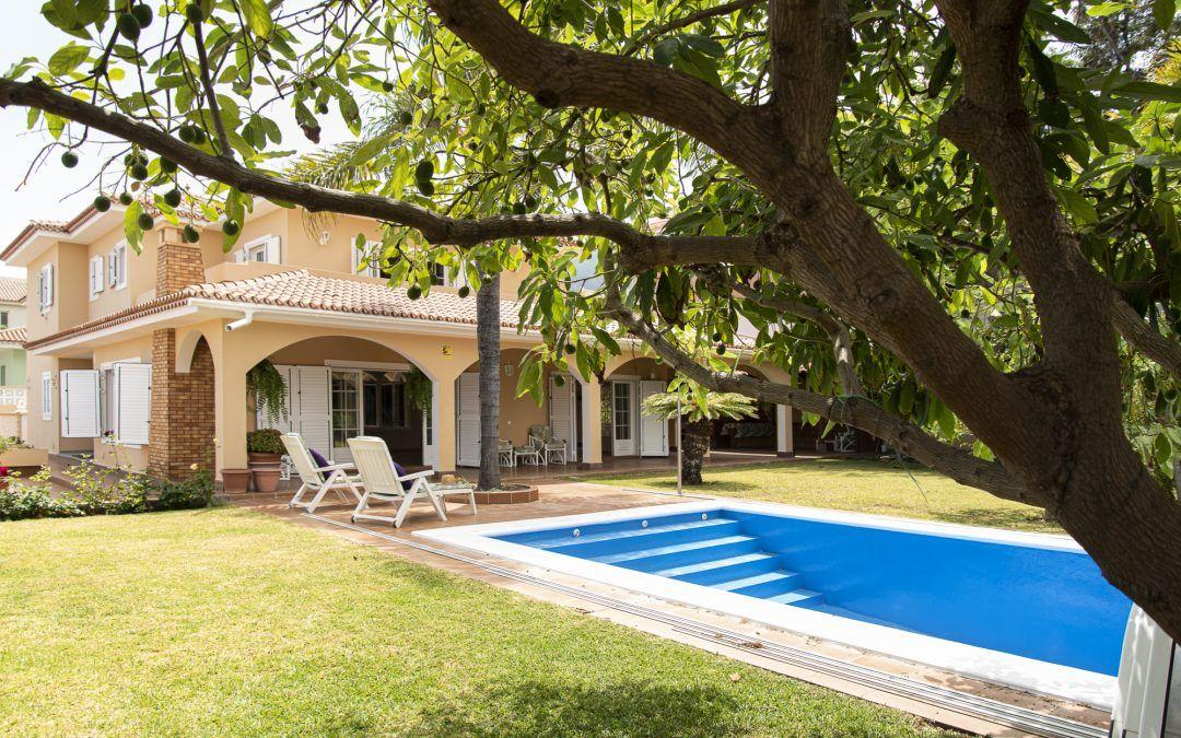 Chalet El Mayorazgo, La Orotava. Piscina y jardín